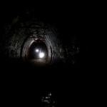 Zdjęcie przedstawiające jeden z korytarzy w bunkrach